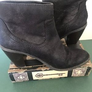 Mossimo Black Ankle Boot